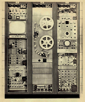 RCA TRT-1 Production recorder.  RCA photo: Presentation to NAB, 1958